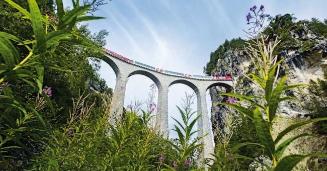 Přednáška Velká cesta Švýcarskem po železnici.
