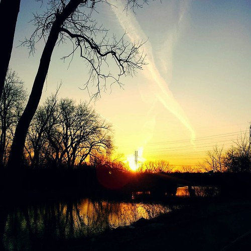 Sunrise this morning #sunrise #sky
