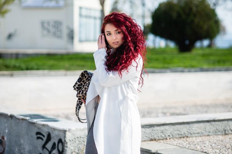 white coat (2)