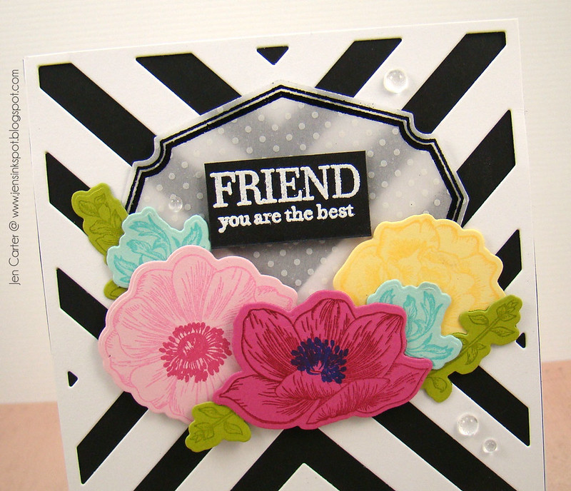 Jen Carter Vintage Flower Frame Friend Closeup 2