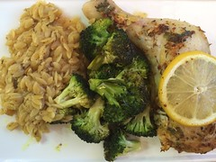 An improvised one-pan chicken with broccoli &…