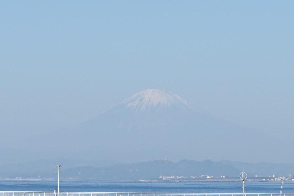 江ノ島大橋から富士山