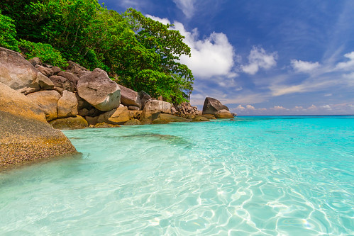 Paradise lagoon of Similan islands in Thailand | by jimwerner25