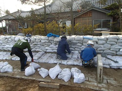 茨城県常総市でボランティア(鬼怒川豪雨水害 援人 0111便)