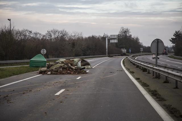 Bretagne : Poursuite des blocages de la RN12