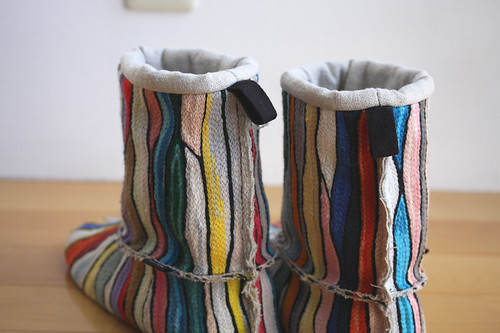 room boots :: banded color