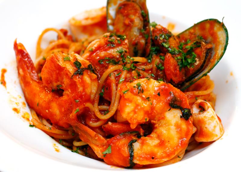 Livello Uno Spaghetti Marinara