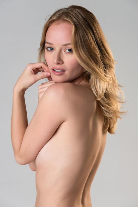 Nude old ladies pics