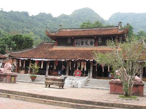 Những ngôi chùa nổi tiếng về cầu con ở Việt Nam