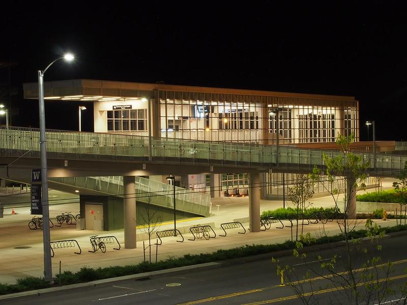 University of Washington Light Rail Station: The start of my ride