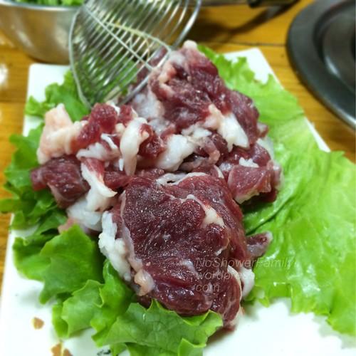 溫體生羊肉