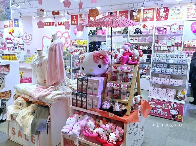 24 東京 原宿 表參道 KiddyLand 卡娜赫拉的小動物 PP助與兔兔 史努比 Snoopy Hello Kitty 龍貓 Totoro 拉拉熊 Rilakkuma 迪士尼 Disney