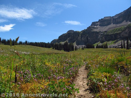 The trail along the shelf going toward Alaska Basin, Jedediah Smith Wilderness and Grand Teton National Park, Wyoming