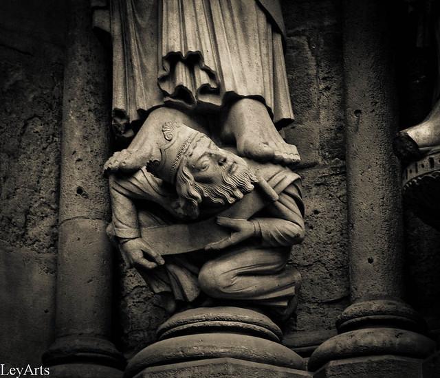 Notre Dame ext.