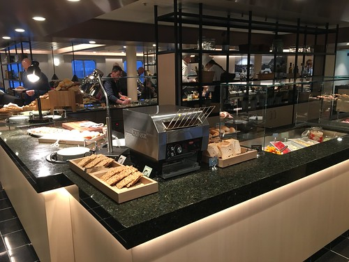 2 Mar - Sumptuous breakfast buffet