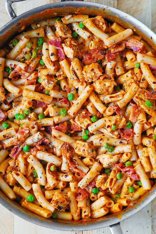 chicken pasta with creamy tomato sauce, chicken dinners easy