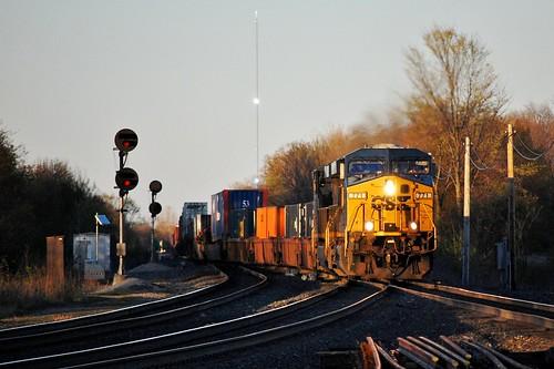 greenwich westbound csx 771 intermodal 4712