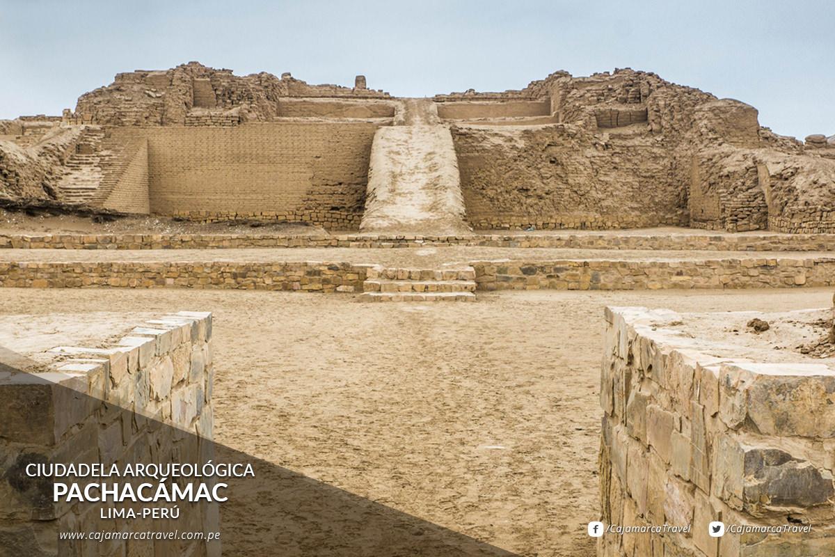 Ciudadela Arqueológica de Pachacámac, antiguo oráculo precolombino.