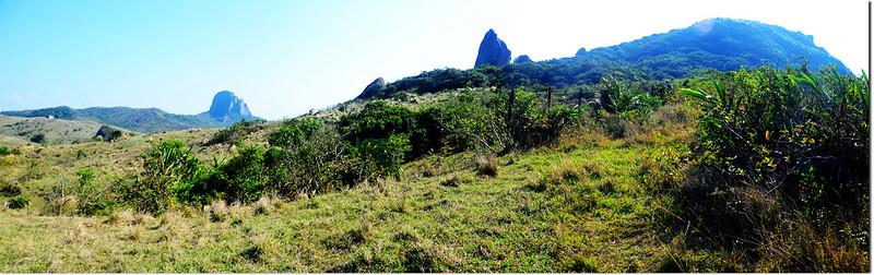 小尖石山北南眺大、小尖石山