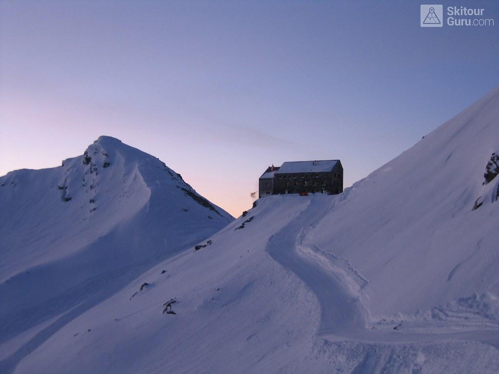 Britannia Hütte Walliser Alpen / Alpes valaisannes Switzerland photo 08