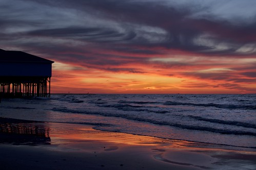 orange galveston gulfofmexico clouds sunrise dawn pier surf texas galvestontexas