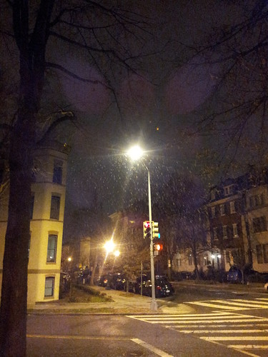 D.C.'s First Snowfall of 2016