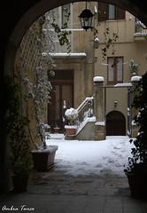 Via Roma, Enna - Scorcio di un cortile privato