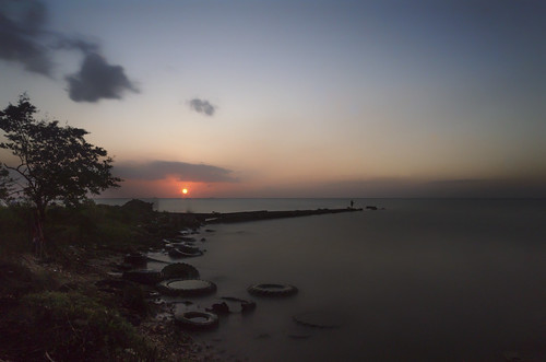 longexposure sunset sea sky sun seascape nature water clouds landscape fishing fisherman sand sundown outdoor dusk horizon wideangle tires shore caribbean seashore trinidadandtobago gulfofparia sigma1020mm1456exdchsm nikond5100 carlibay