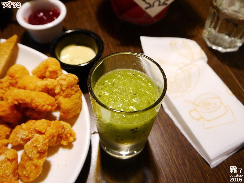 25198437903 cbb5c07f1d b - 7分SO美式廚房(朝富店),最愛的是美式蛋捲,早餐還有附上一杯滿滿果肉的奇異果汁。