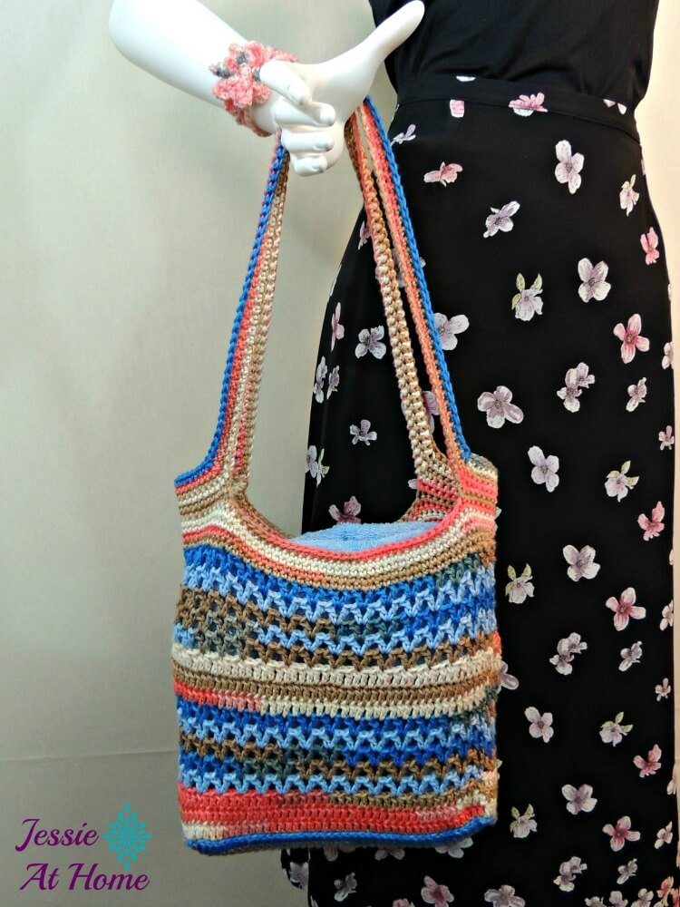 Coastal-Beach-Bag-free-crochet-pattern-Jessie-At-Home-1