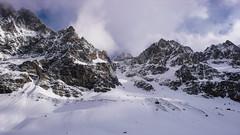 Widok z lodowca Vedretta di Scerscen: Piz Sella, Crast