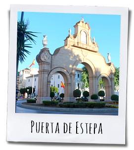 De Puerta de Estapa werd in 1749 gebouwd om reizigers vanuit Sevilla te verwelkomen in Antequera