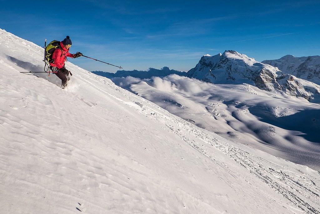 Rimpfischhorn, Britannia Hütte, Saas Fee:http://skitourguru.com/chata/12-britannia-hutte, Walliser Alpen:http://skitourguru.com/oblast/22-walliser-alpen-alpes-valaisannes, Switzerland