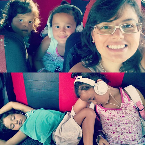 Madrineando con Josefina y María Paula.  #Ahijada #madrina #Paseo #Esquina