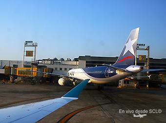 LAN Argentina A320 LV-BET en puente AEP (RD)