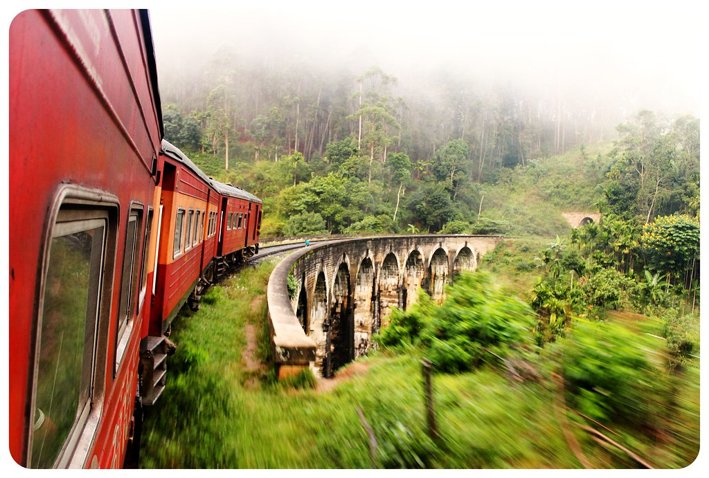 train ride to badulla with nine arches bridge tunnel