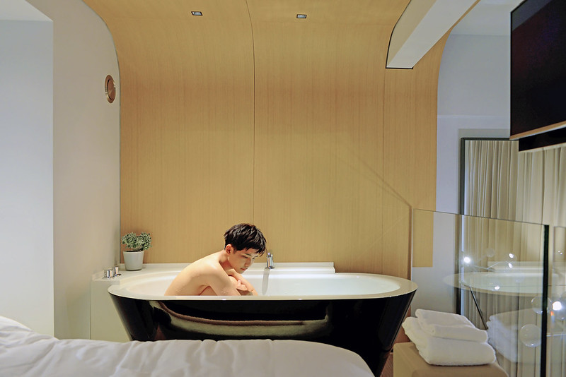 Hotel Le Cinq Codet - Bathtub - typicalben