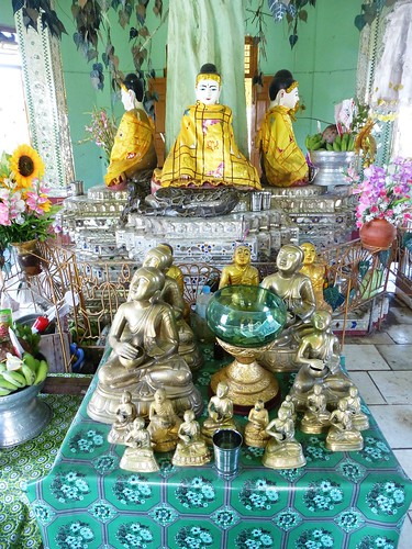 Birmanie-Yangon-Twante-Pagode des serpents (8)