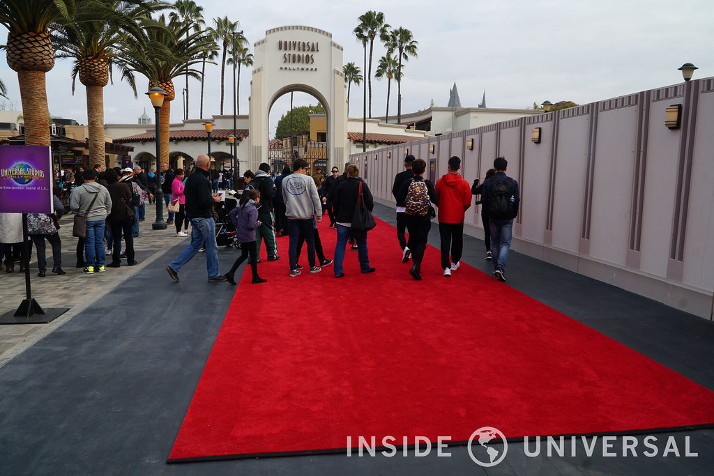 Photo Update: January 18, 2016 – Universal Studios Hollywood - Entrance Plaza Refurbishment