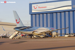 Boeing 757-236 - 29941 864 - G-CPEU - Thomson - Luton, Bedfordshire - 151008 - Steven Gray - CIMG9151
