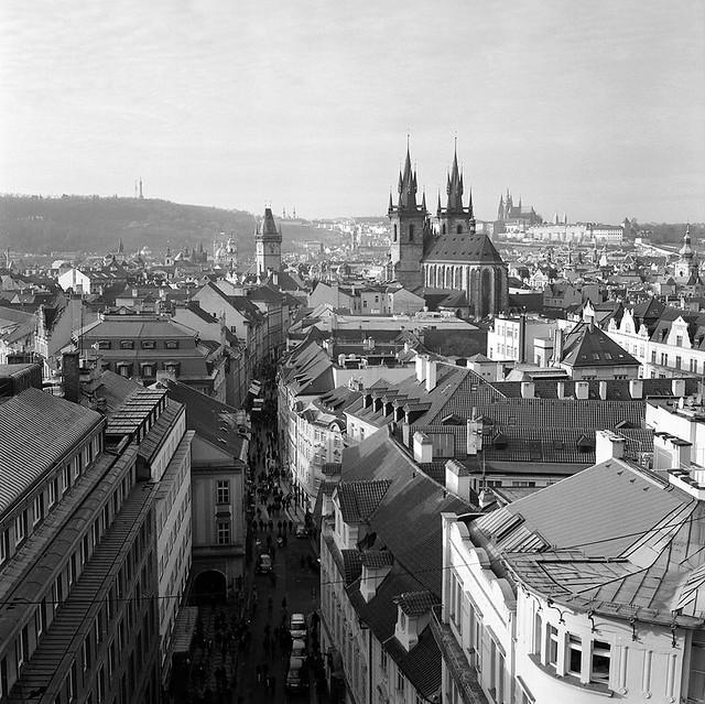 Prague_roofs