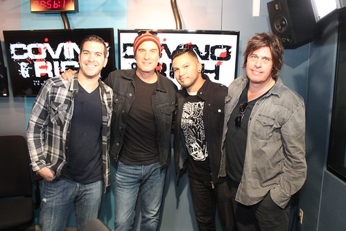Robert & Dean DeLeo of Stone Temple Pilots with Covino & Rich