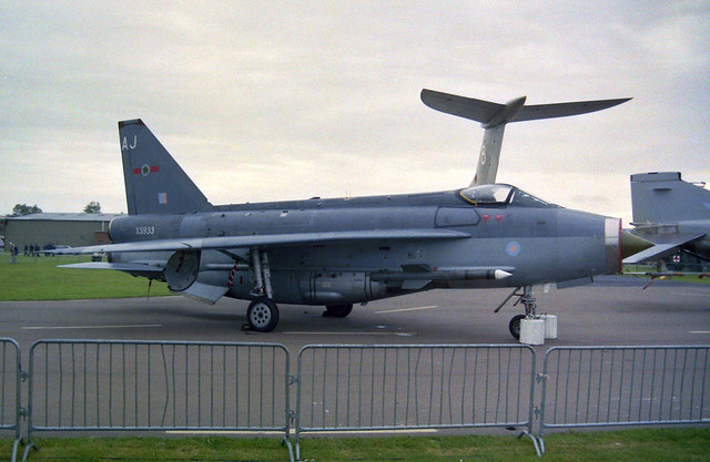 XS933/AJ Lightning F.6