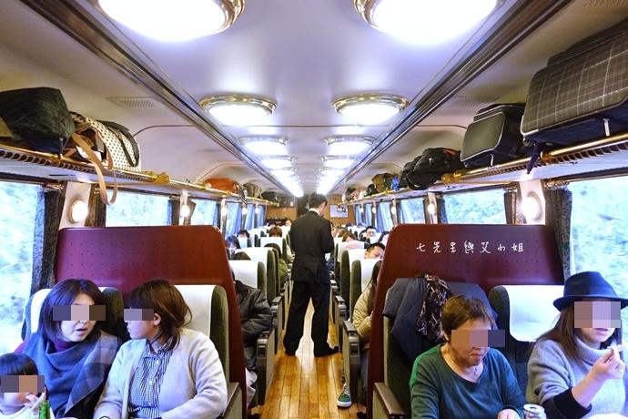 40 17 【日本九州】JR特急 由布院之森(ゆふいんの森)-優雅復古風觀光列車,九州旅遊必搭~(內含JR九州鐵路周遊券/JR九州Pass分享)