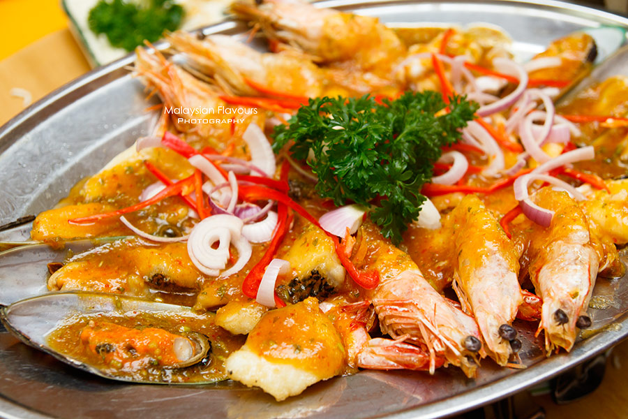 Crab B Restaurant thai seafood platter