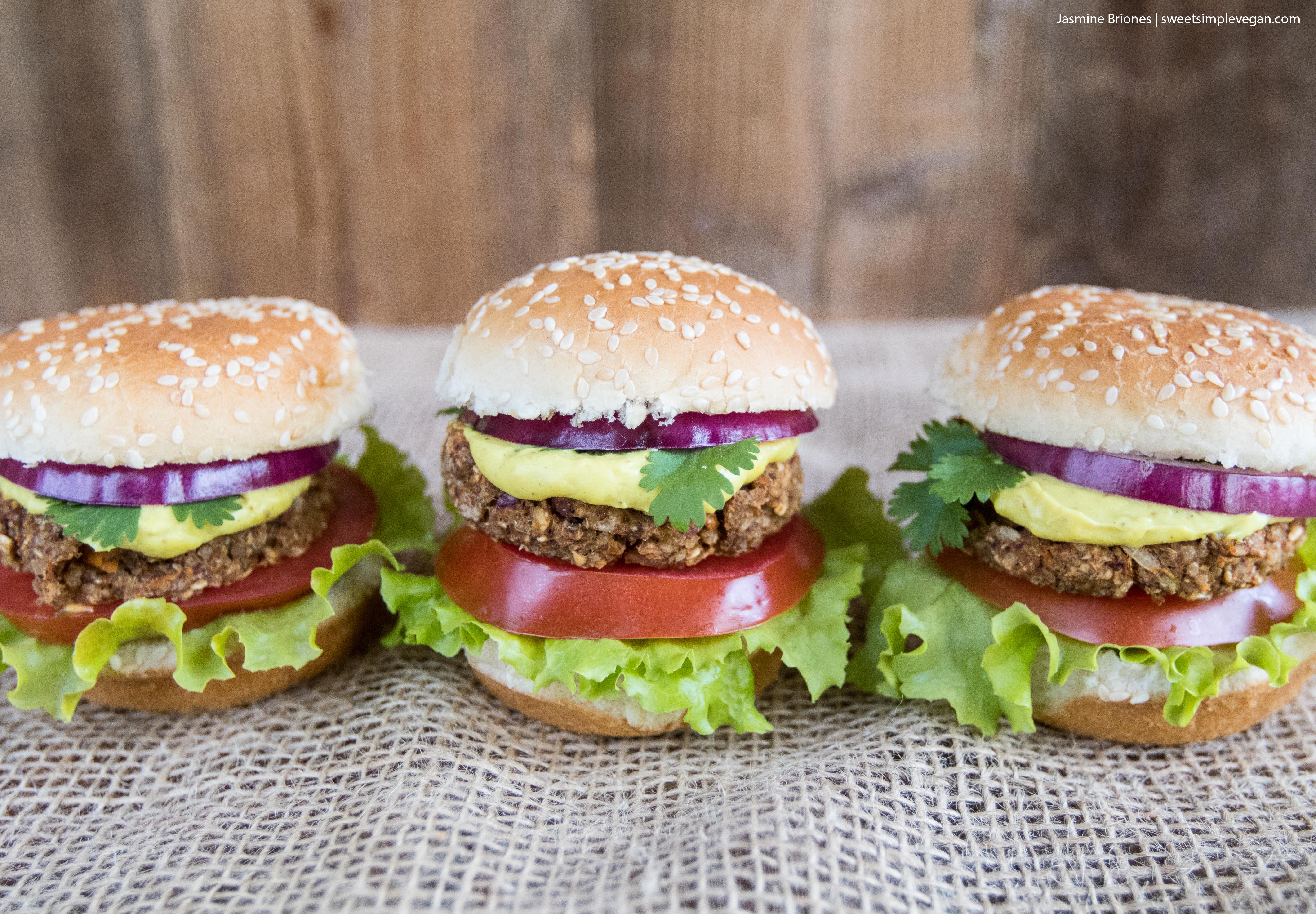Easy Veggie Sliders + Cashew Mustard Cheese Sauce {gluten- & oil-free} sweetsimplevegan.com