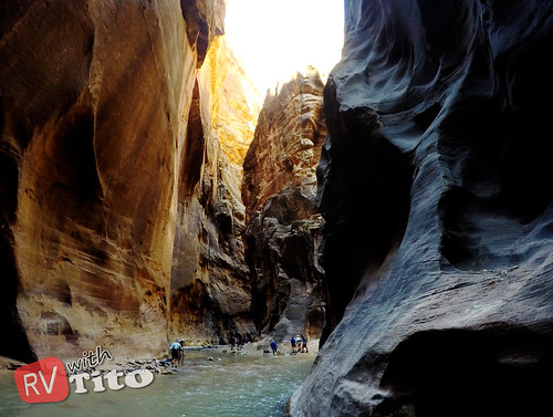 Wed, 10/14/2015 - 12:46 - Hiking the Narrows Trail up the Virgin River in Zion NP