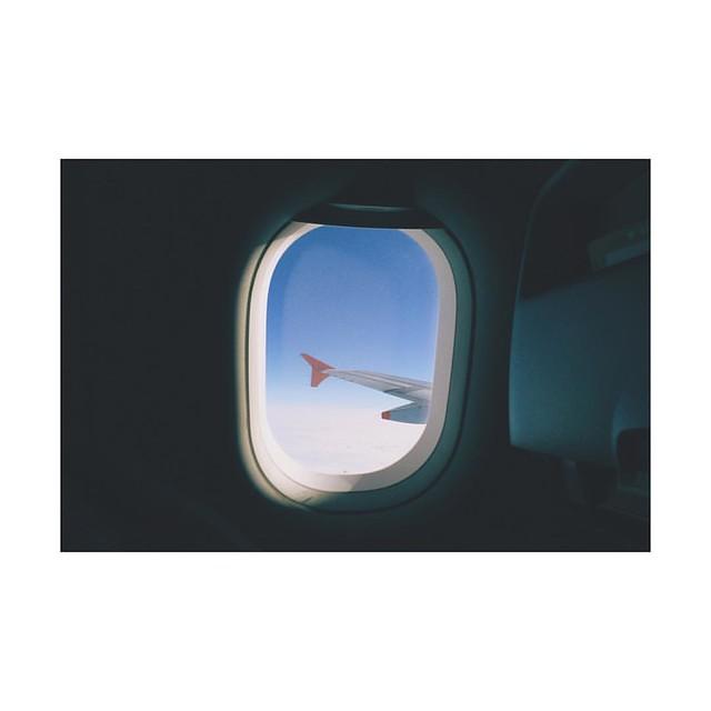 Photo:帰省シリーズ '15-'16、開幕。 #帰省 #飛行機 #窓 #翼 #homecoming #airplane #window By Shogo Kochi