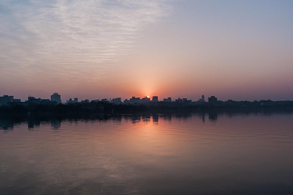 Xihu Sunrise