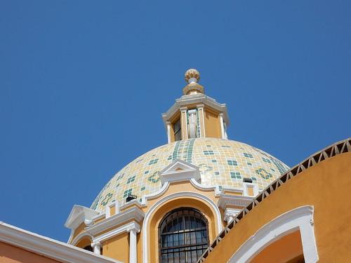 Cholula - kerk op piramide